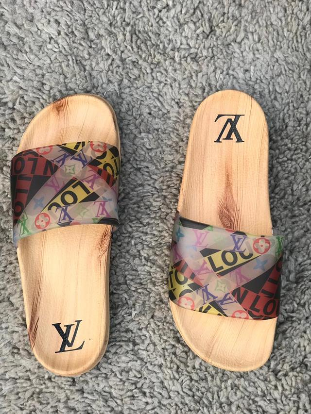 Louis Vuitton men slippers