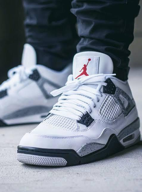 "Air Jordan 4 Retro ""Cement White"