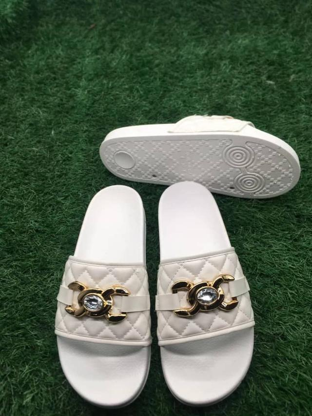 Women all white slide